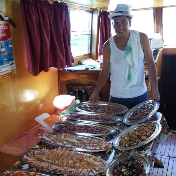 Barca Don Giovanni a Lampedusa