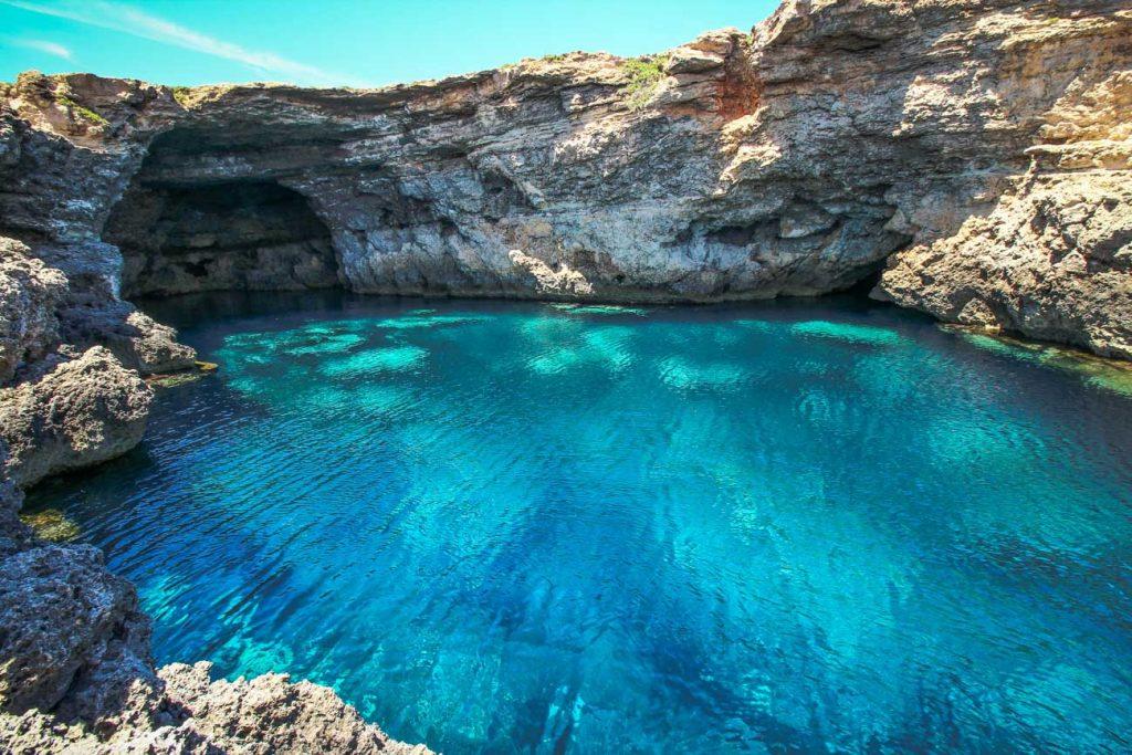 Le Grottacce a Lampedusa