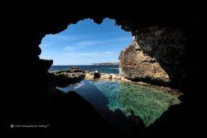 «Lampedusa, racconto» di Anna Sardone