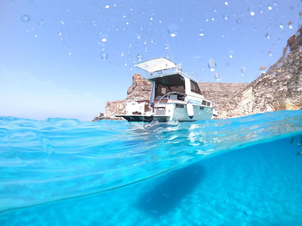 Barca Smile 3 a Lampedusa
